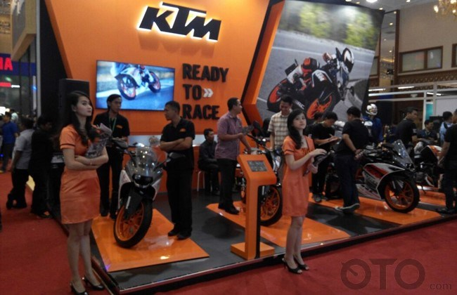 Booth KTM Di IMOS 2016