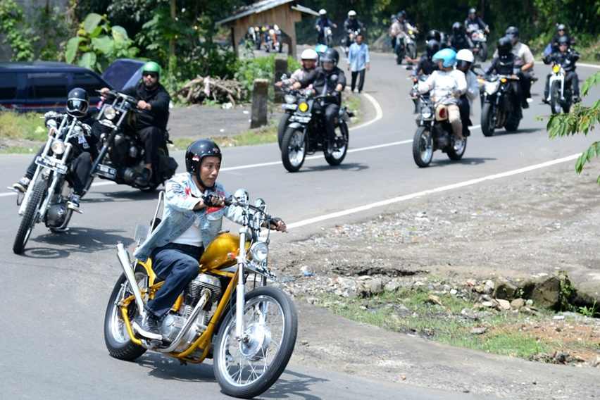 Image result for jokowi royal enfield